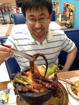 Jee chowing down on a pre-conference pulpo at Mariscos Sinaloa.